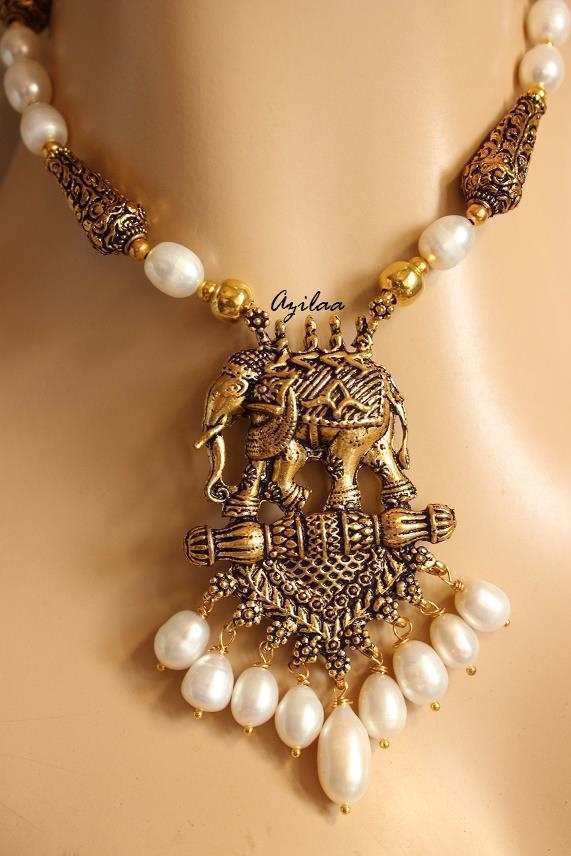 49ea88b81fee9 Antique gold tone elephant pendant pearl necklace earrings set