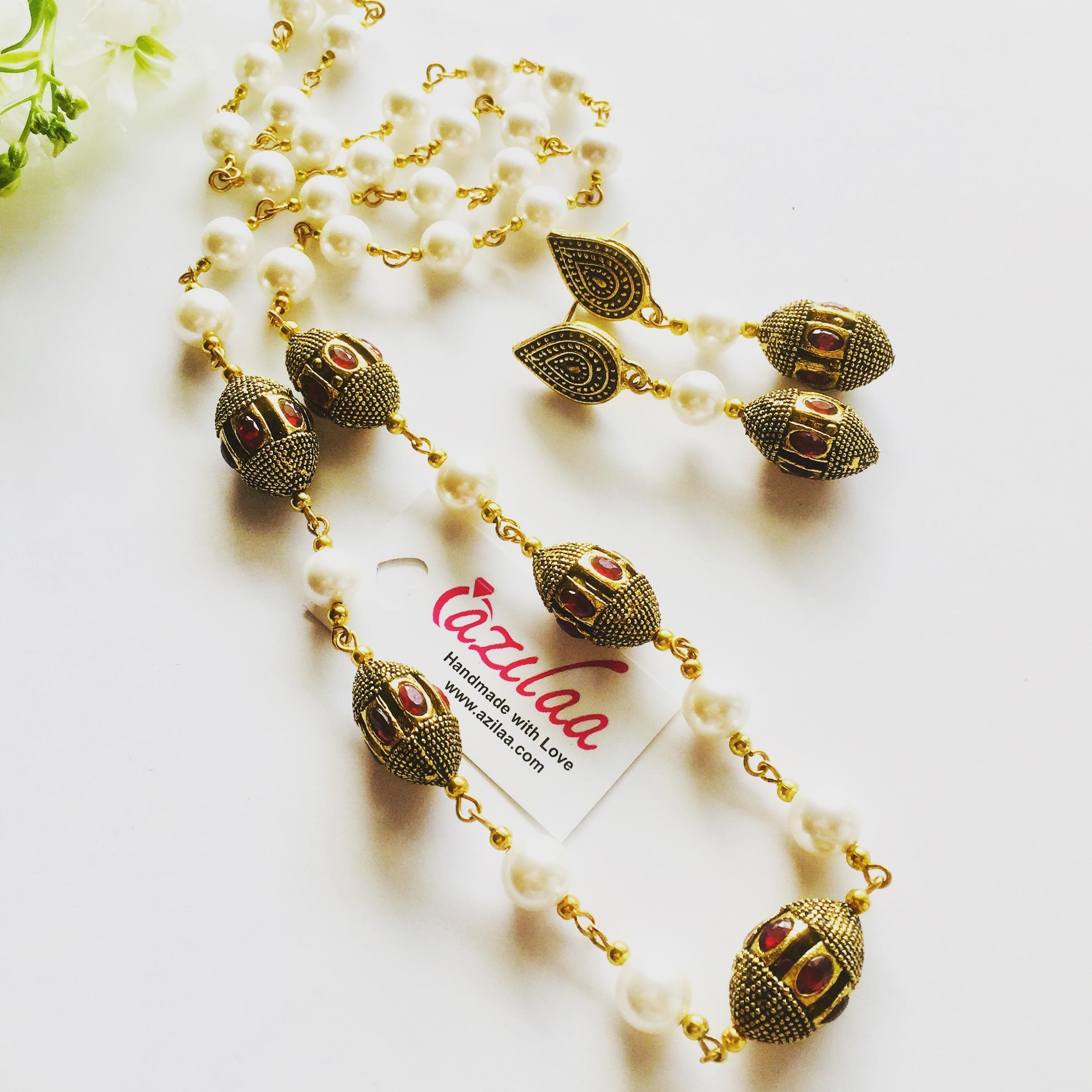6a9544455b Elegant vintage style pearl golden designer necklace set at ?2550 ...