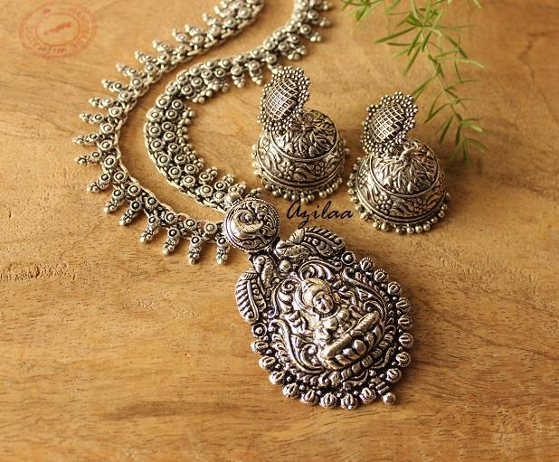 Silver-plated Necklace /& Earrings Set