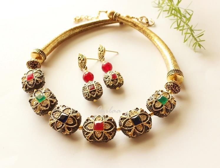Antique Gold Necklace Set Designer