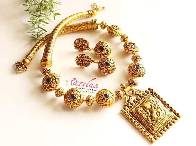 8244bad5d Royal Dark blue antique Gold Statement handmade necklace set at ...