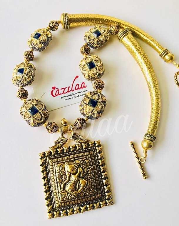0c3b03578 Royal Dark blue antique Gold Statement handmade necklace set at ...
