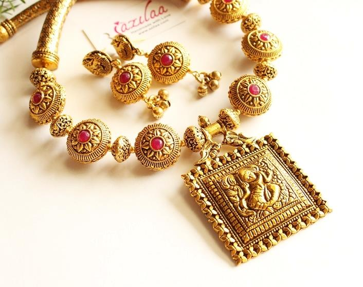 8276ead9a Royal Maroon antique Gold Statement handmade necklace set at ?4950 ...